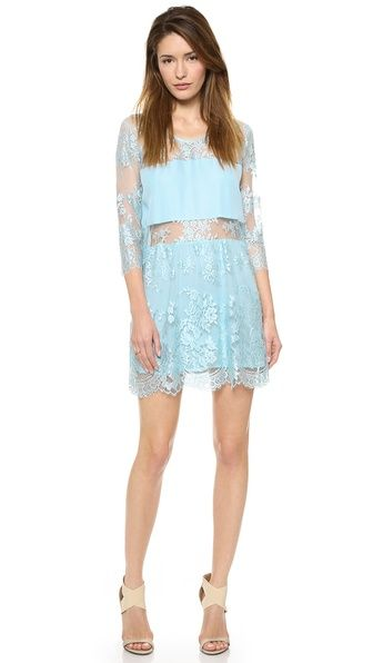 Loving the breezy ease of this lacey frock