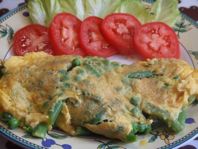 Tortilla Francesa Con Verduras Y Queso Parmesano Receta De Cuqui Bastida Receta Queso Parmesano Verduras Recetas De Comida