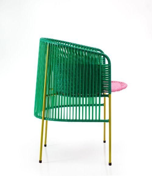 Caribe, une collection de mobilier en plastique recyclé par ...