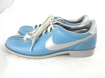 Vintage Nike bowling shoes for women! www.bluefrogshoes.com 54bf1a44f