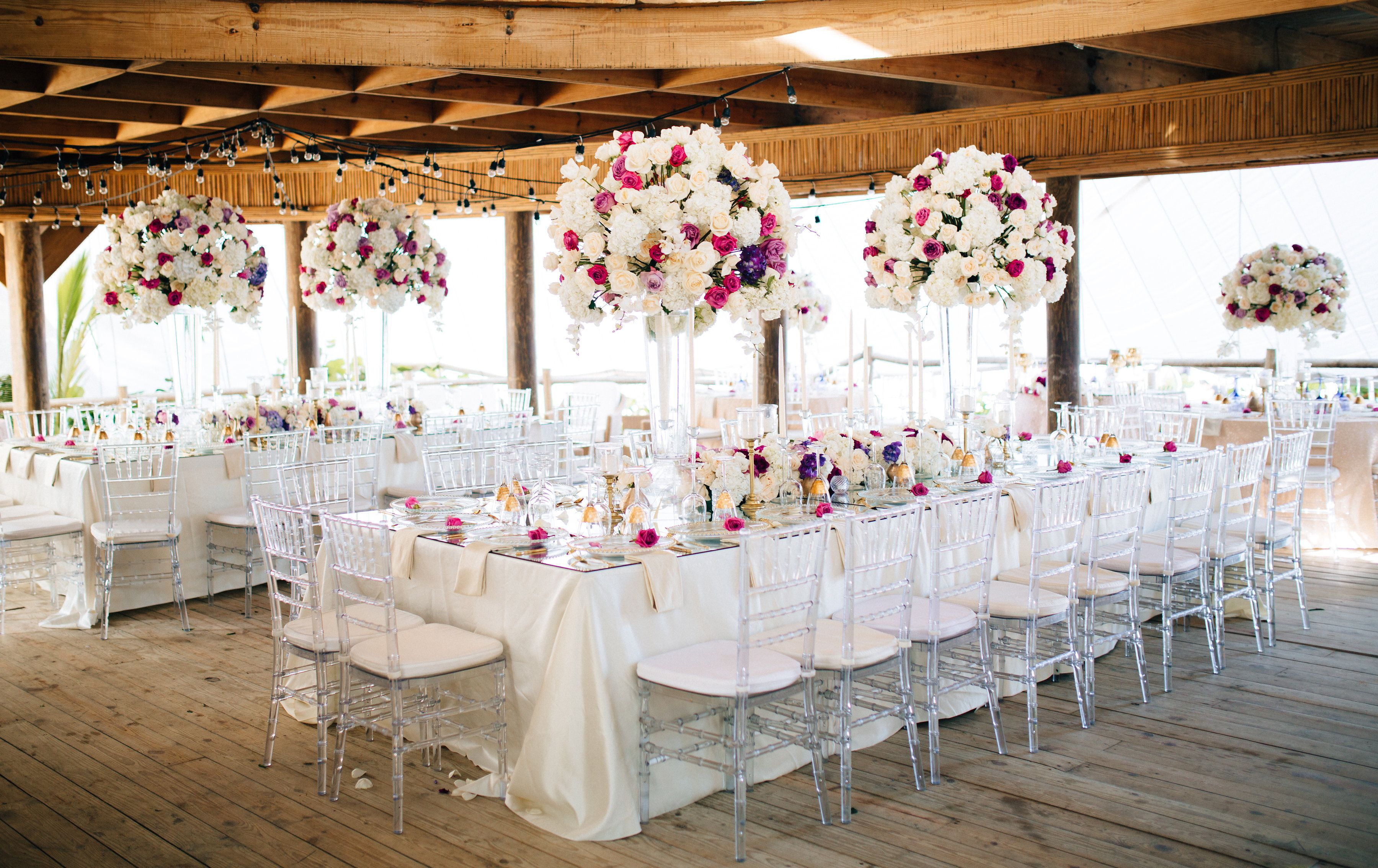 glam up your wedding tables for your reception