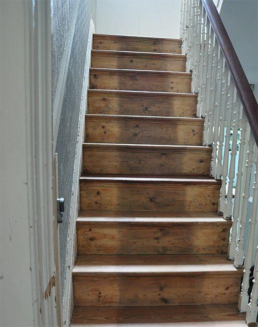 Best White Spindles Snd Dark Wood Handrail Staircase Remodel 400 x 300