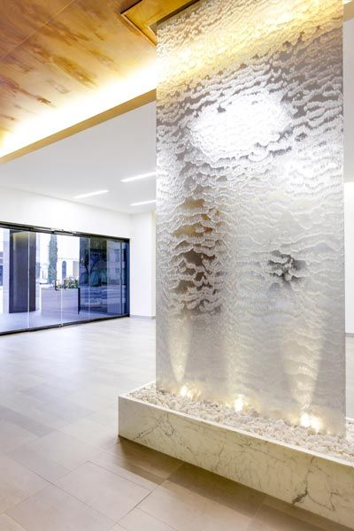 9001 Wilshire Contemporary Water Feature Water Feature Wall