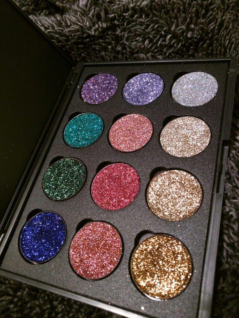 The Vanity Pool palette (alternativeglitter) Eye makeup