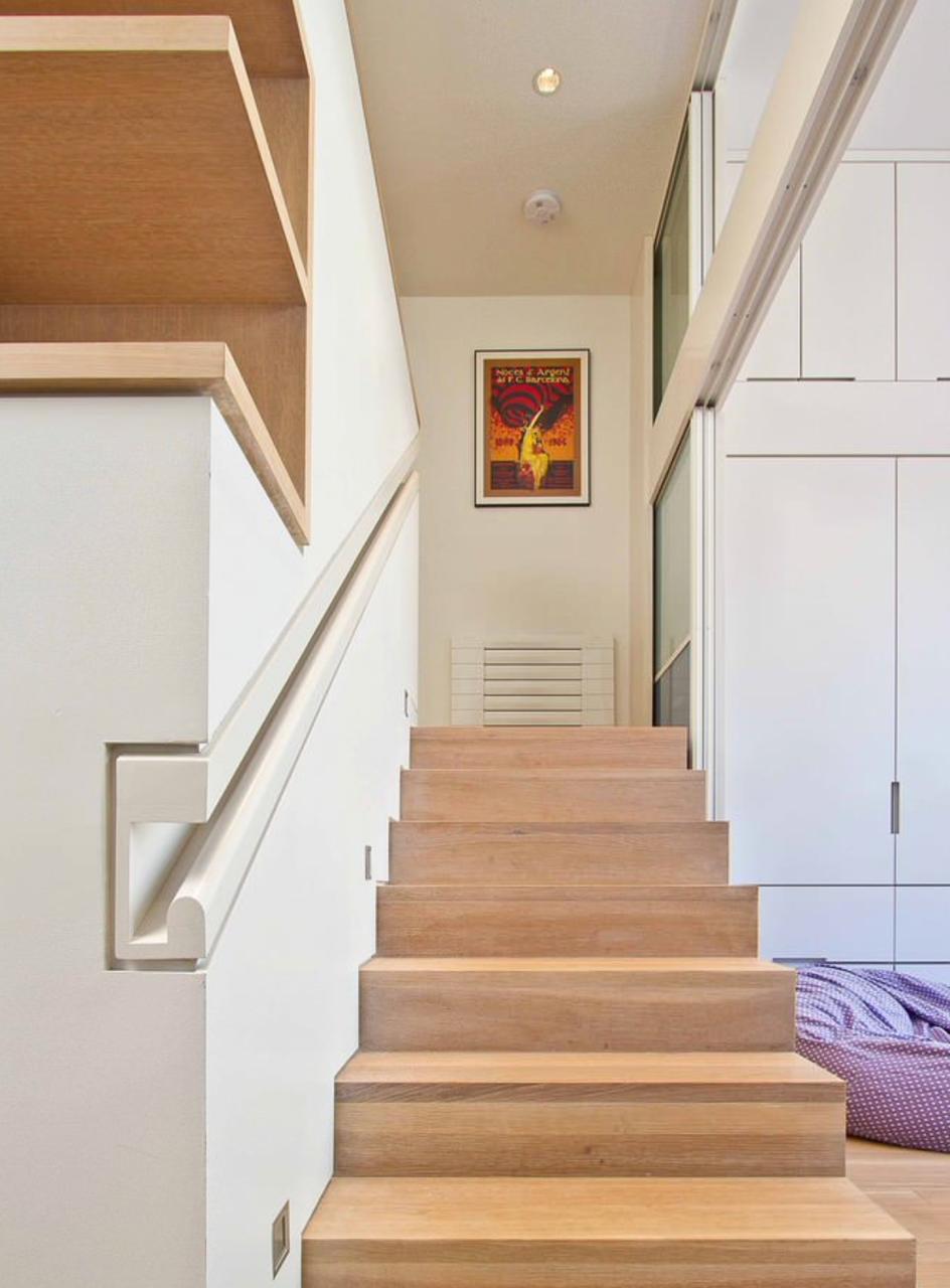 Best Recessed Handrail Modern Stairs 640 x 480
