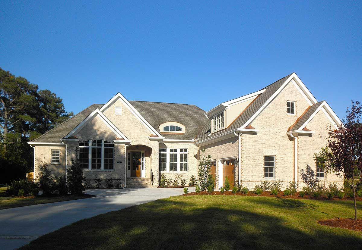 Plan 15030nc Elegant 3 Bed Ranch Home Plan With Bonus Over Garage Ranch House Plans Craftsman House Plans House Plans