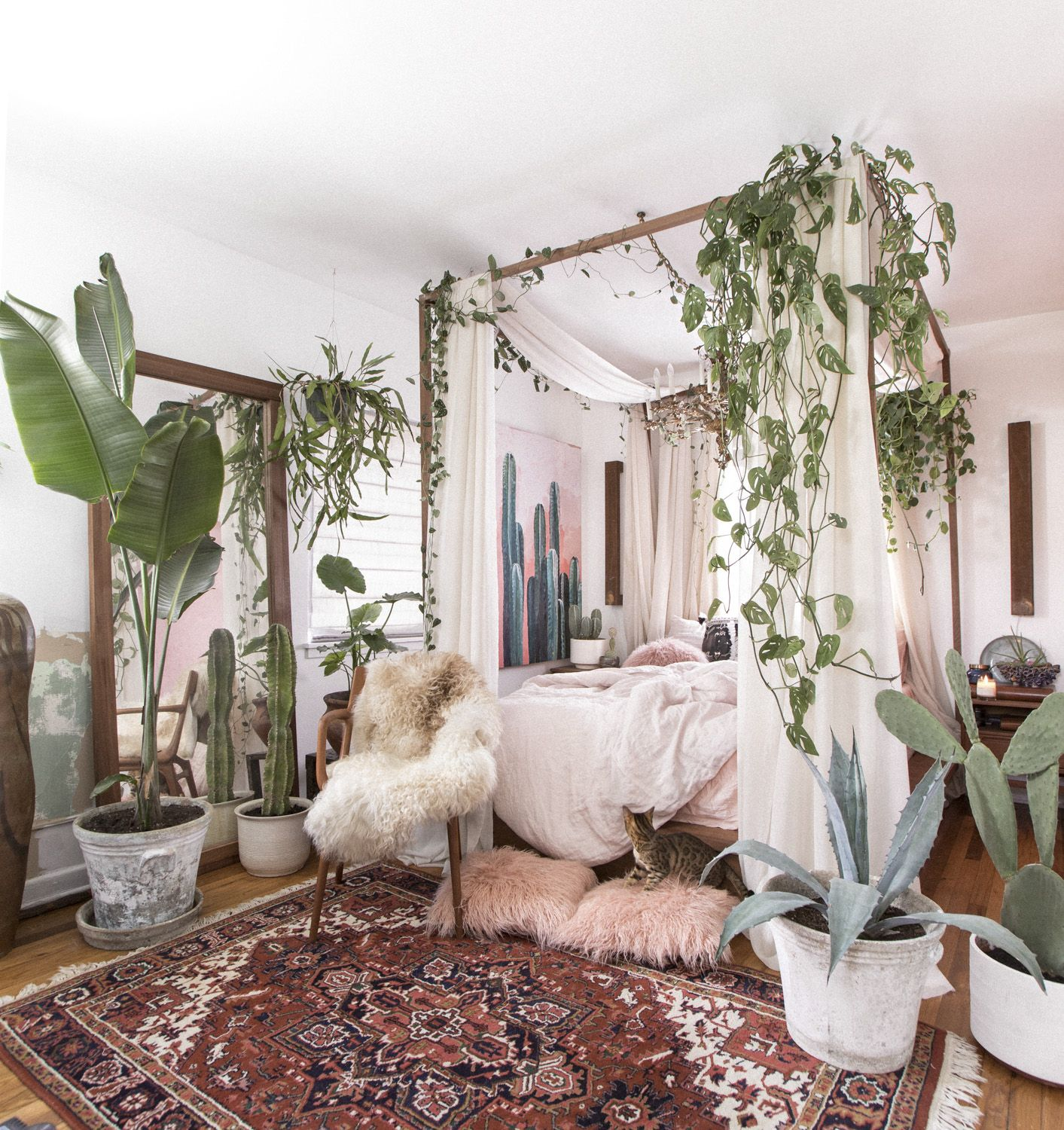 Small Space Decor Tips From This Gorgeous Boho Apartment Bedroom