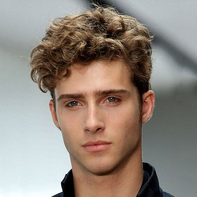 Short Curly Hairstyles For Men Curly Hair Men Men S Curly Hairstyles Curly Hair Styles