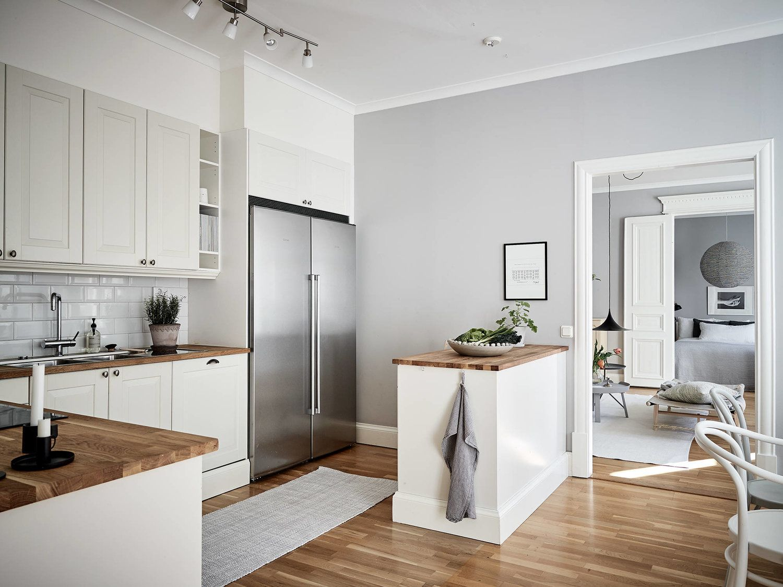 Scandinavian Home Stylish With Light Gray Walls House