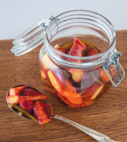 Spicy Thai Pickled Carrots