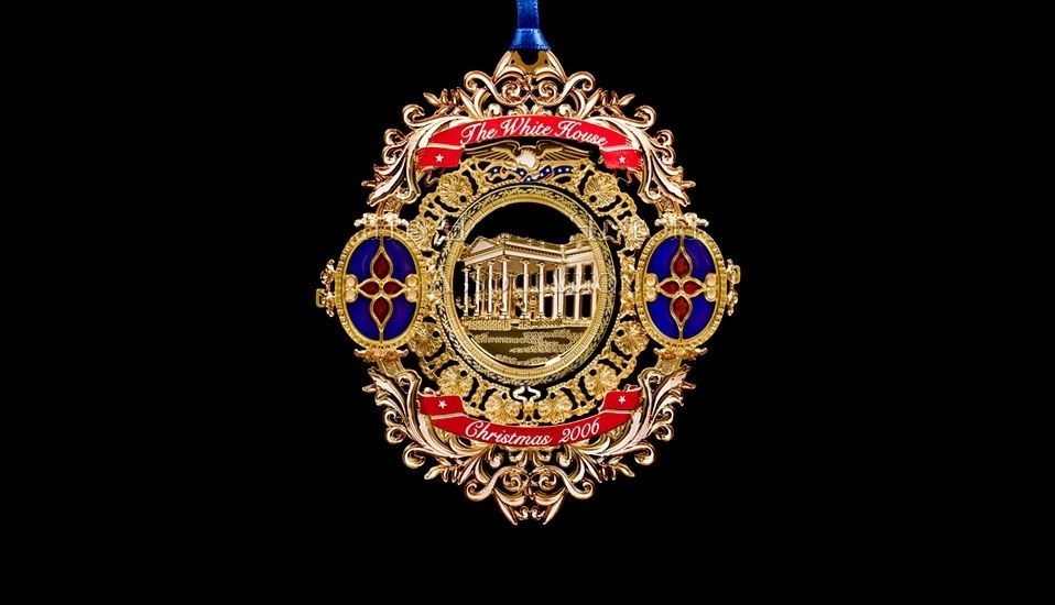 White House Christmas Ornament 2006
