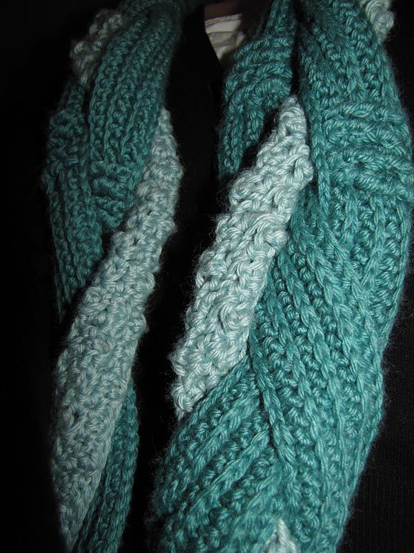 Free Pattern: Hooked Holla Infinity Scarf | Crochet infinity scarf ...