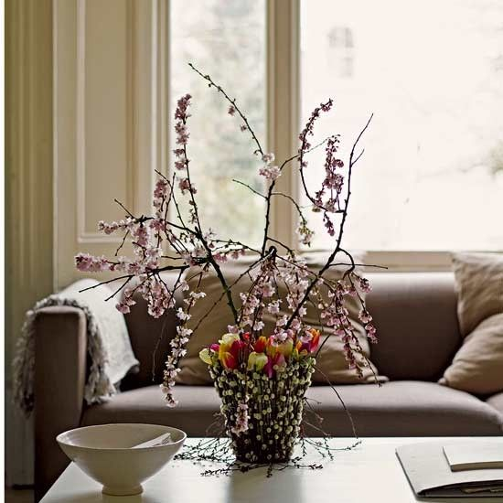 Blossom Pussy Willow And Tulips Create A Rustic Easter Centerpiece