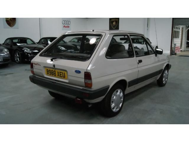 Ford Fiesta 1.1 L Truly immaculate ex&le FSH 3dr 1985 · Car FordUsed CarsClassicWheelsParties  sc 1 st  Pinterest & Ford Fiesta 1.1 L Truly immaculate example FSH 3dr 1985 | Classic ... markmcfarlin.com