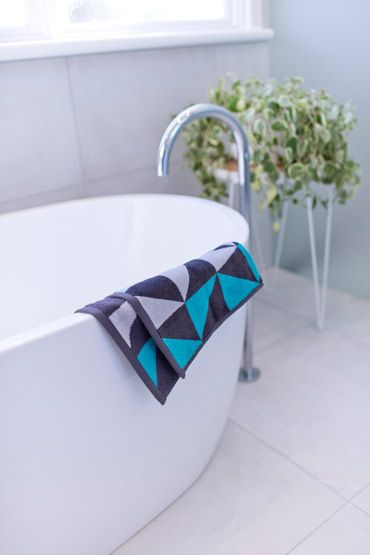 Bathroom And Kitchen Renovations And Design Melbourne GIA - Velour bath towels for small bathroom ideas