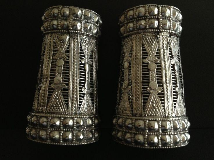 Silver cuffs, Pakistan