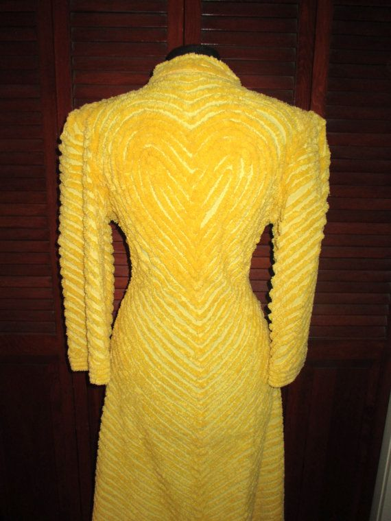 Vintage 1950 S Chenille Robe Heart Shaped By