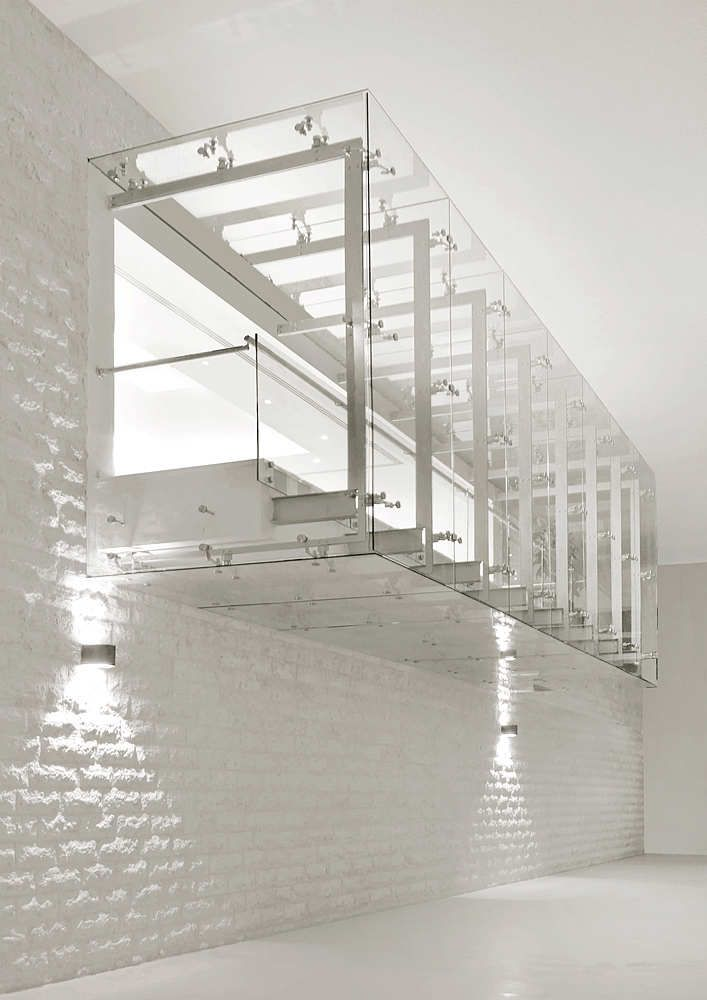 IAA / Symbiosis Designs LTD | Architecture, Box and Glass