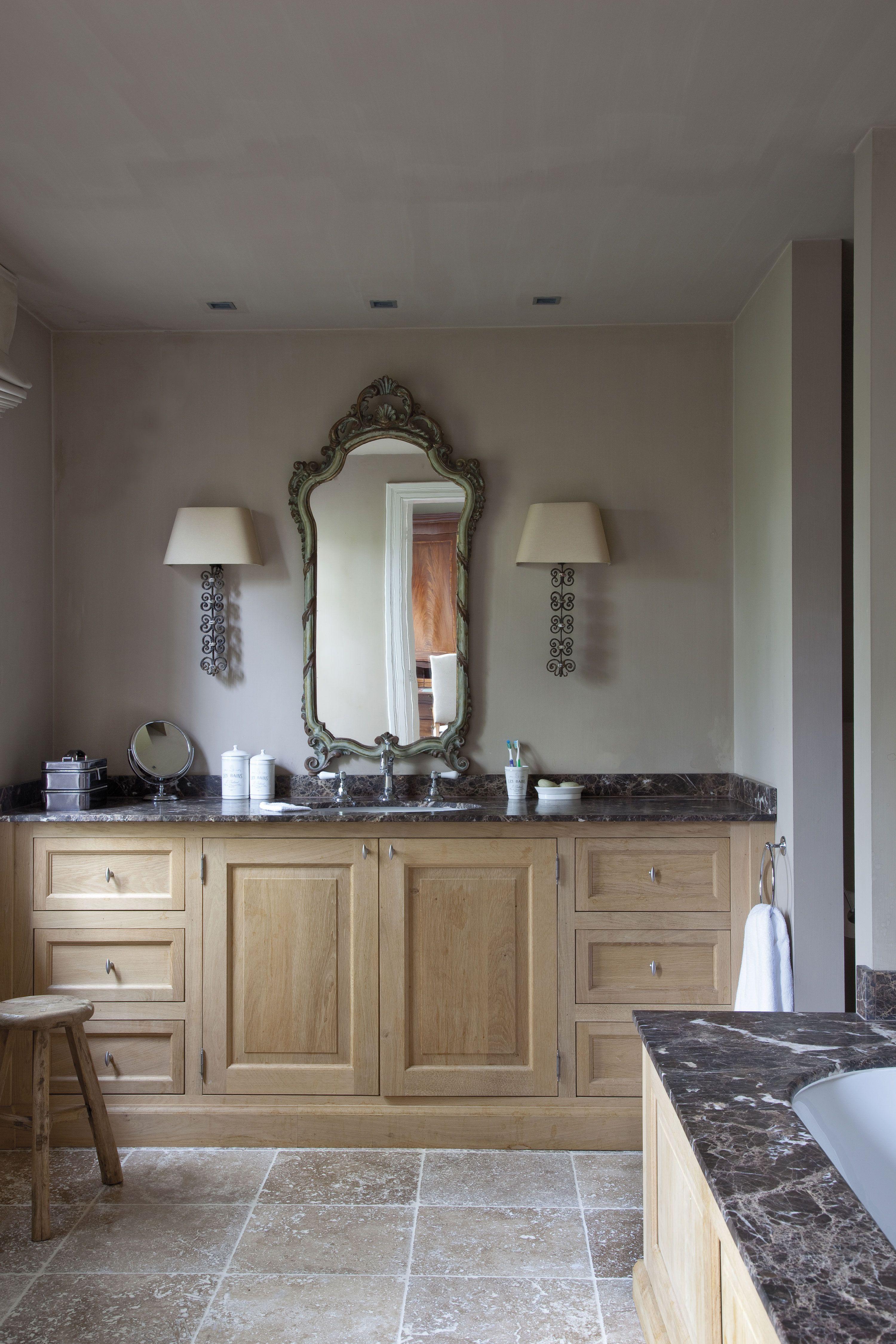 jv n53 la salle de bain mle le travertin moka du sol et