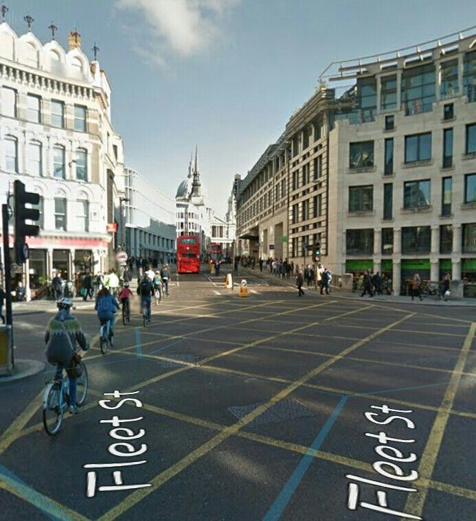 Ludgate Circus without the King Lud - though the building is still there