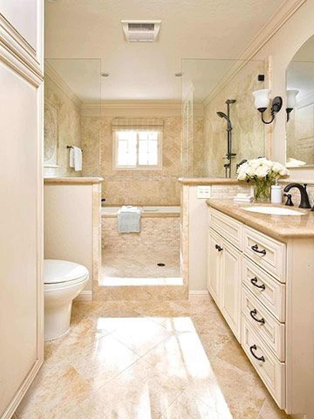 60 Elegant Small Master Bathroom Remodel Ideas (17 ...