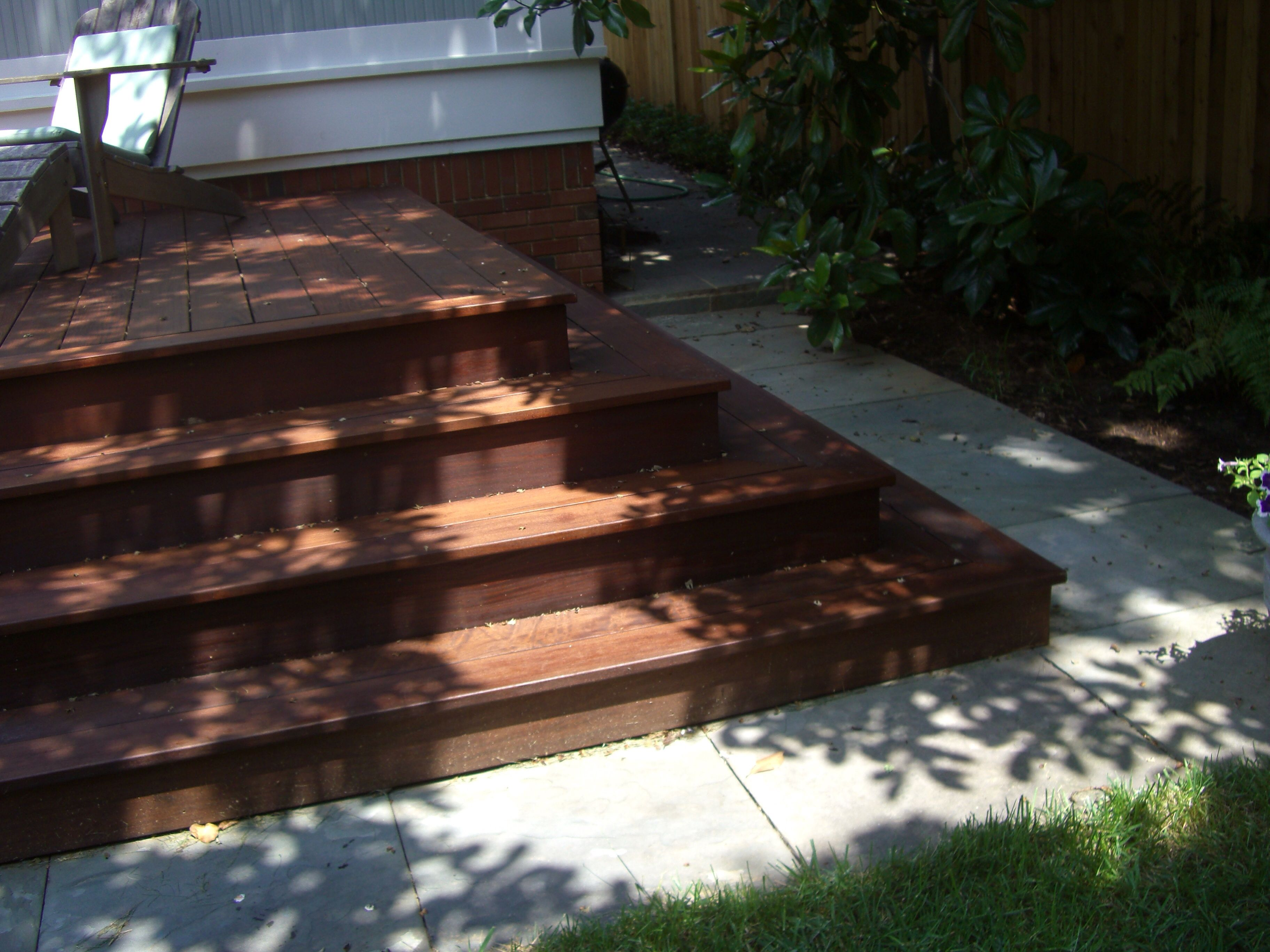 Best Corner Of Wrap Around Ipe Deck Steps In 2019 Deck Steps 400 x 300