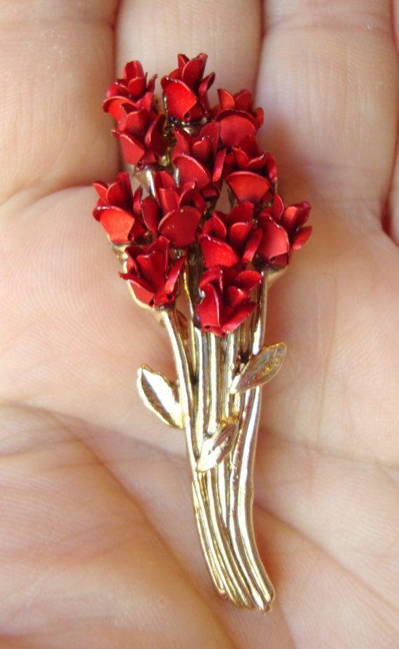 Vintage DM Signed Red Rose Bunch Brooch. by Bestintreasures