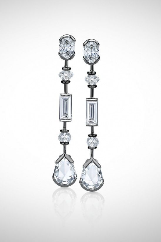 Debeer S Important Large Flawless Colorless Pear Shaped Briolette And Baguette Diamonds Set In 18k Grey Gold
