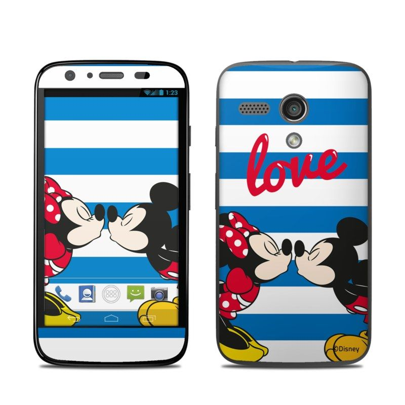 DecalGirl Motorola Moto G skins feature vibrant full-color artwork that helps protect the Motorola Moto G from minor scratches and abuse without adding any bulk or interfering with the device's operation.   This skin features the artwork Mouse Love by Mickey & Friends - just one of hundreds of designs by dozens of talented artists from around the world.