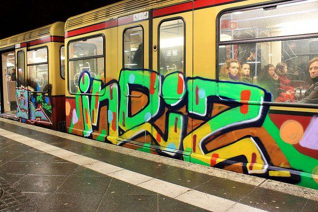 Indiz Graffiti on Trains, S-Bahn Berlin  by StreetArtBLN.com