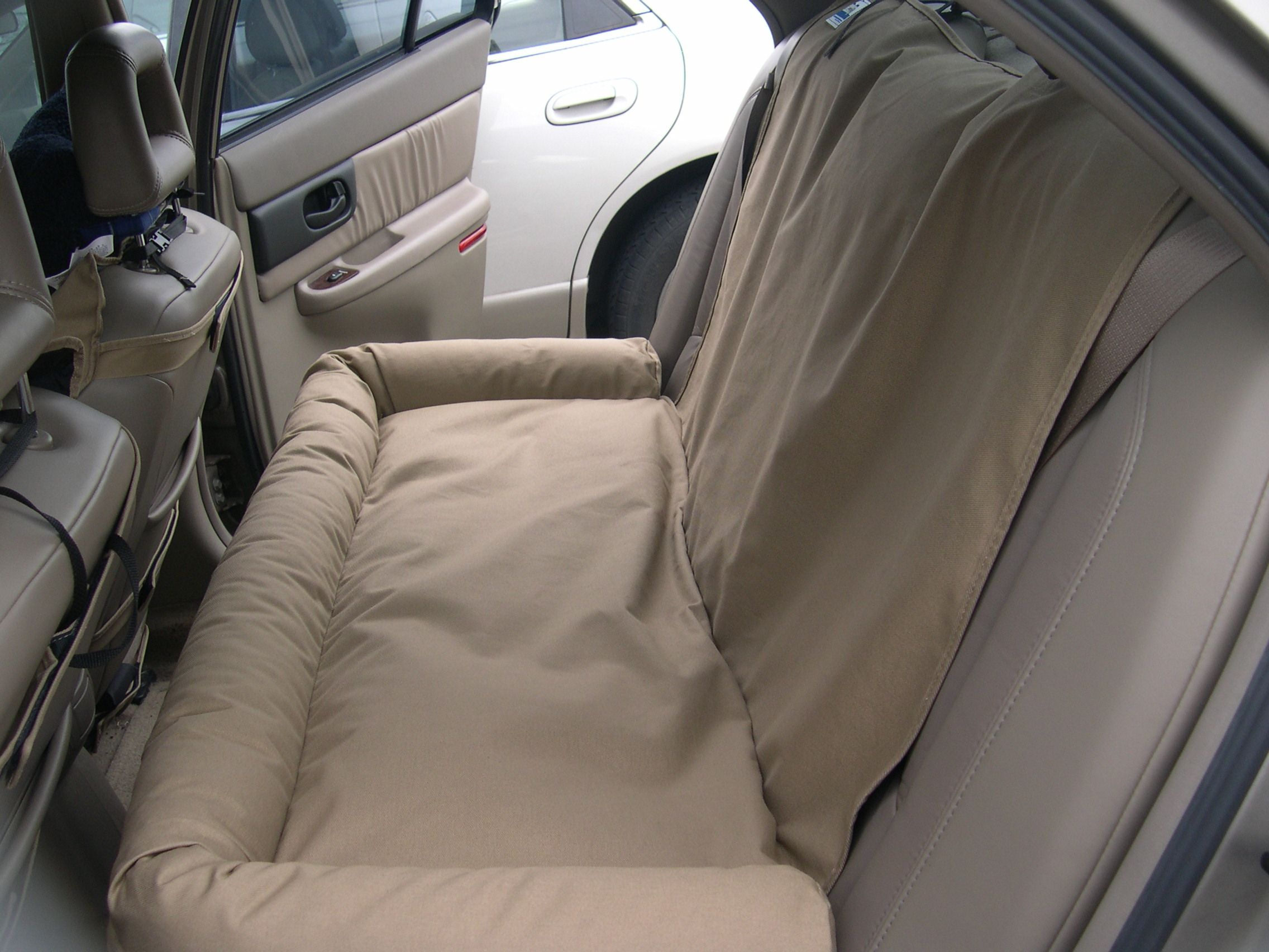 Canine Covers back seat dog bed Custom seat covers, Dog