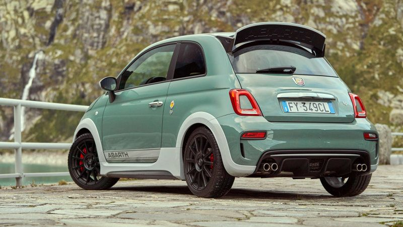 2019 Fiat 695 Abarth 70th Anniversary Edition Has The Best Spoiler