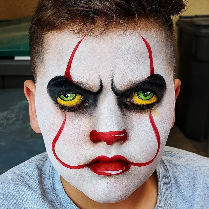 Pennywise is now on my list. facepaint facepainter
