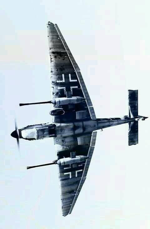 Junkers Ju 87 (With images) Wwii airplane, Aircraft