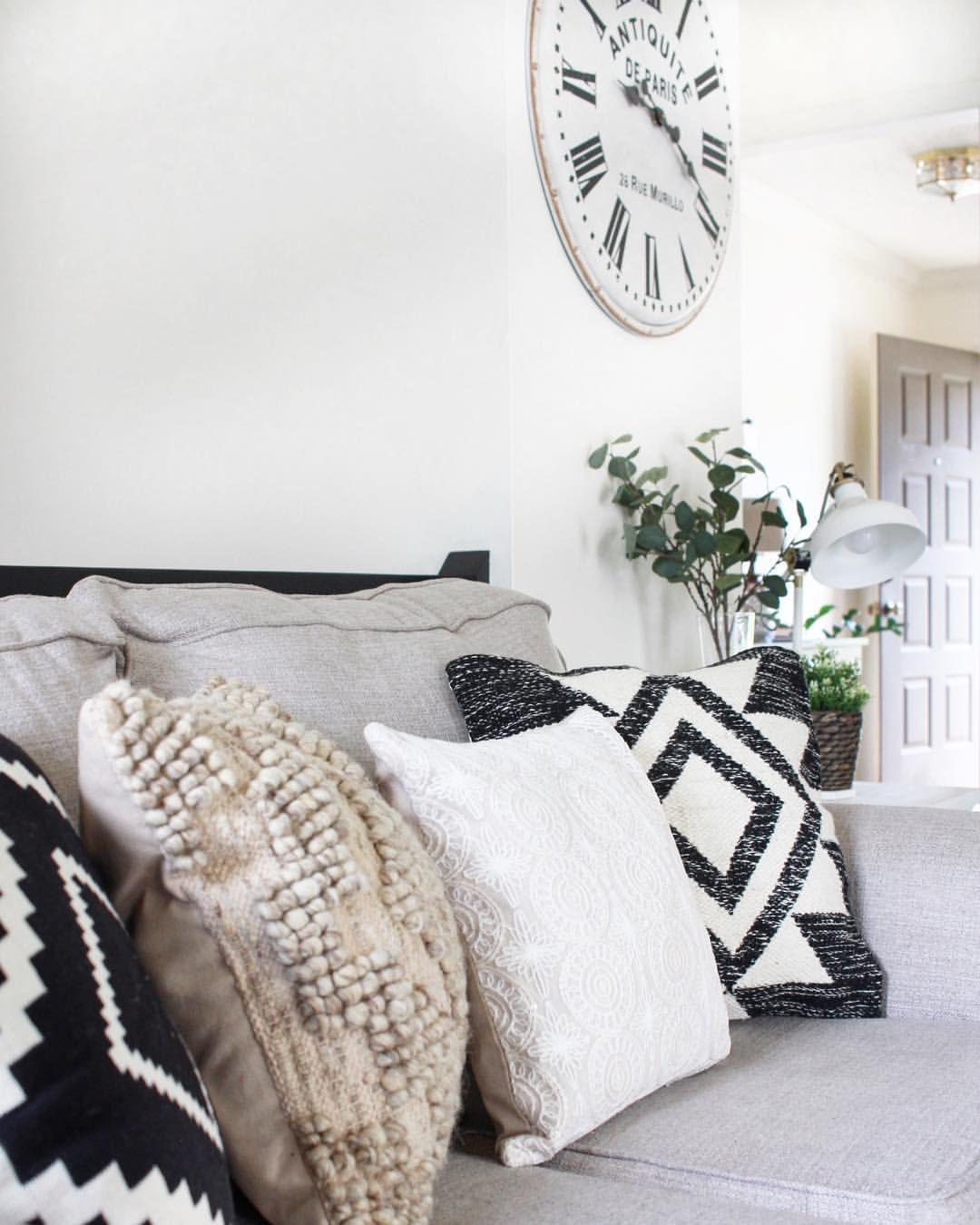 The Midkiff House Themidkiffhouse On Instagram Throw Pillows Bed Pillows Pillows [ 1350 x 1080 Pixel ]