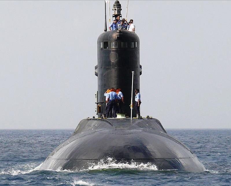 Indian Navy S Sub Ins Sindhukirti Begins Final Trials Indian Navy Submarines Naval Force