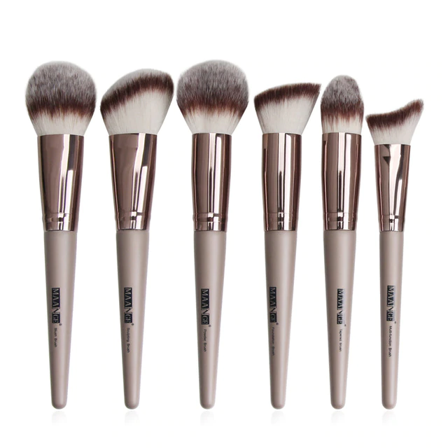 Photo of Professional Makeup Brushes with Natural, Soft and Synthetic Hair – 6PCS-Brown