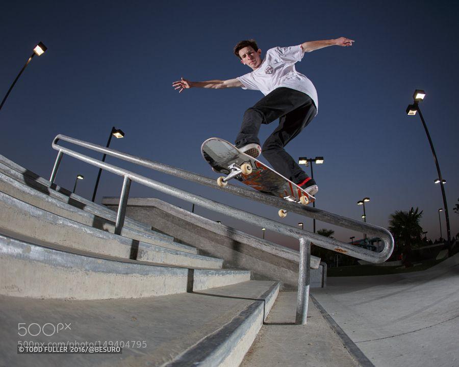 Connor Kepp Frontside Hurricane at Fremont Skatepark by toddf