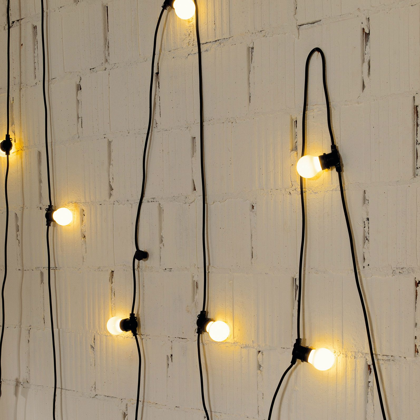guirlande d 39 ext rieur noir 10 lumi res l14m bella vista lights outdoor living and interiors
