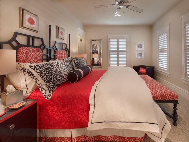 Navy and Red Bedroom Decorating Ideas. Classic coastal bedroom ...