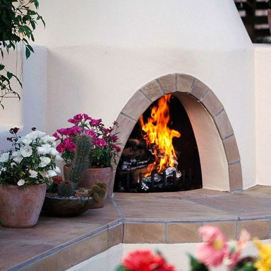 Stylish Decorative Touches For Outdoor Rooms Indoor Outdoor Fireplaces Outdoor Rooms Outdoor