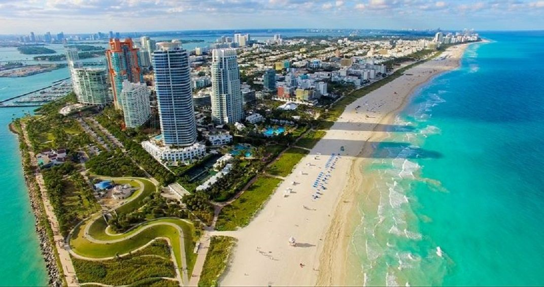 Miami Beach makes for a great urban vacation. Lots to see and do and eat and fish and boat and then there's the beach part  #miami #miamibeach #closetohome #beachlife