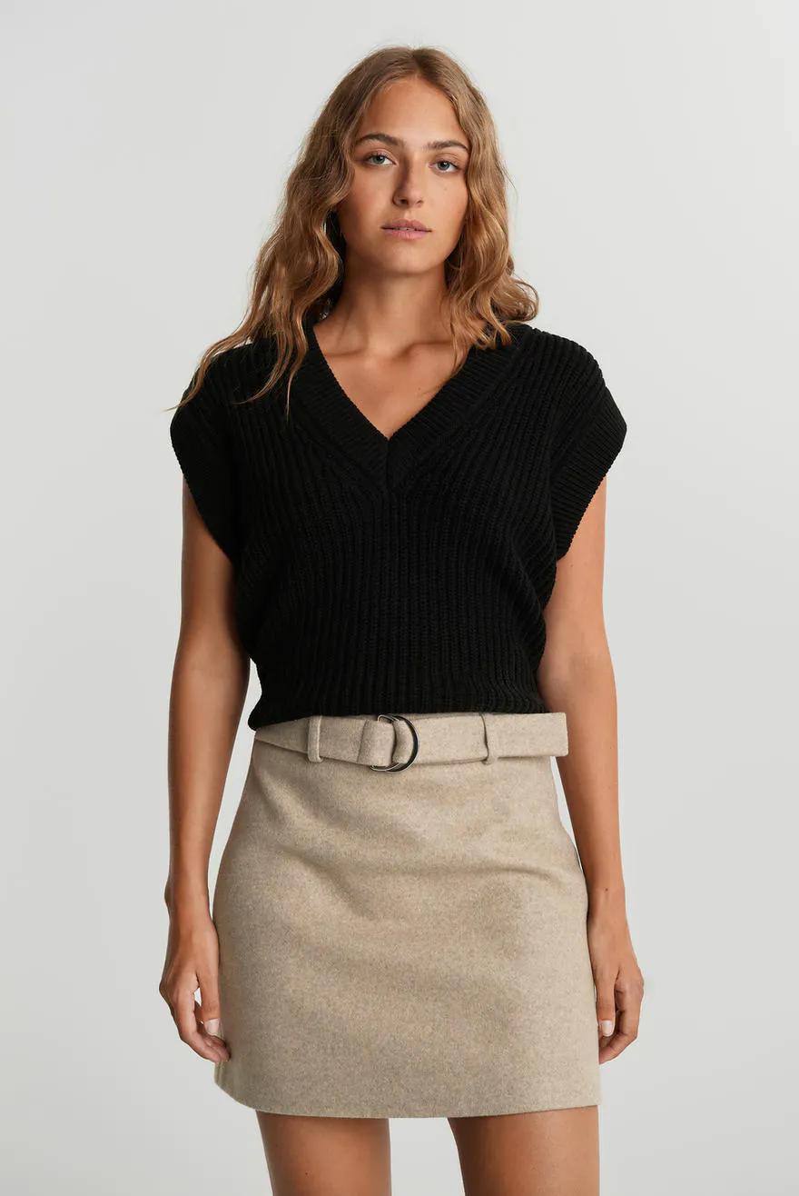 Johanna knitted vest, Stickade tröjor Trendiga stickade