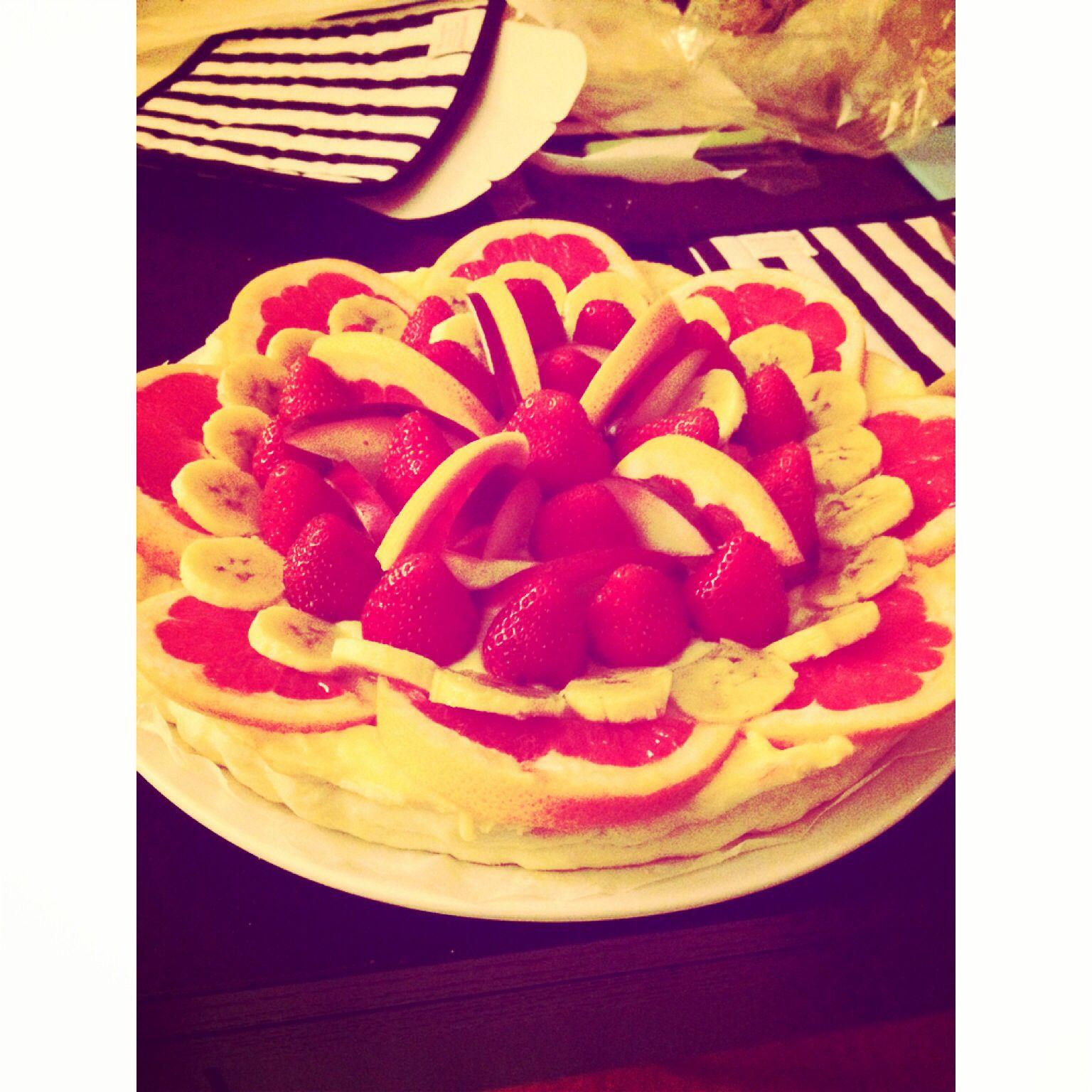 Crostata di frutta fresca con crema di vaniglia