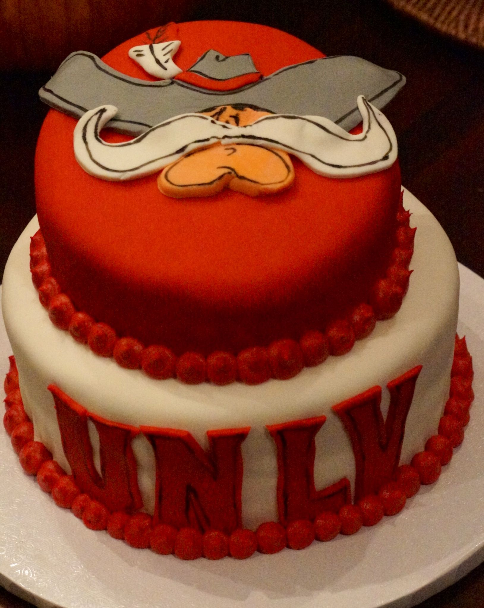 UNLV cake! Looks yummy! | All Things UNLV | Pinterest | Cake