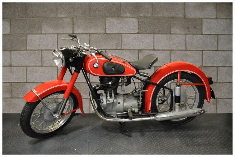 1954 Bmw R25 3 With Images Bmw Motorbikes Bmw Motorcycles