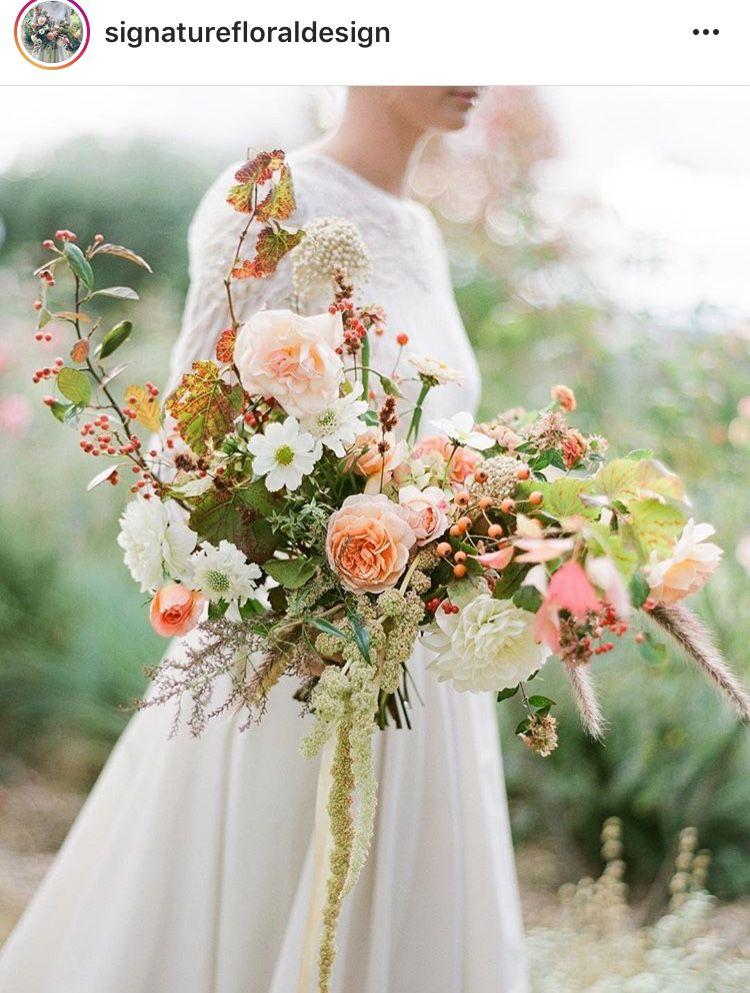 Pin By Daaanda Zhang On Floral Inexpensive Wedding Flowers Modern Wedding Bouquets Wedding Flower Inspiration