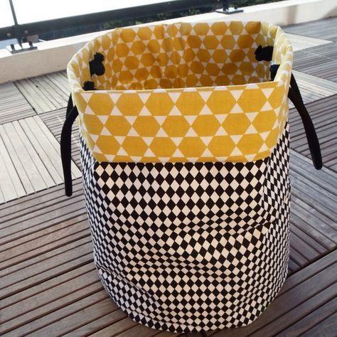 panier sac linge ou jouet scandinave tissus. Black Bedroom Furniture Sets. Home Design Ideas