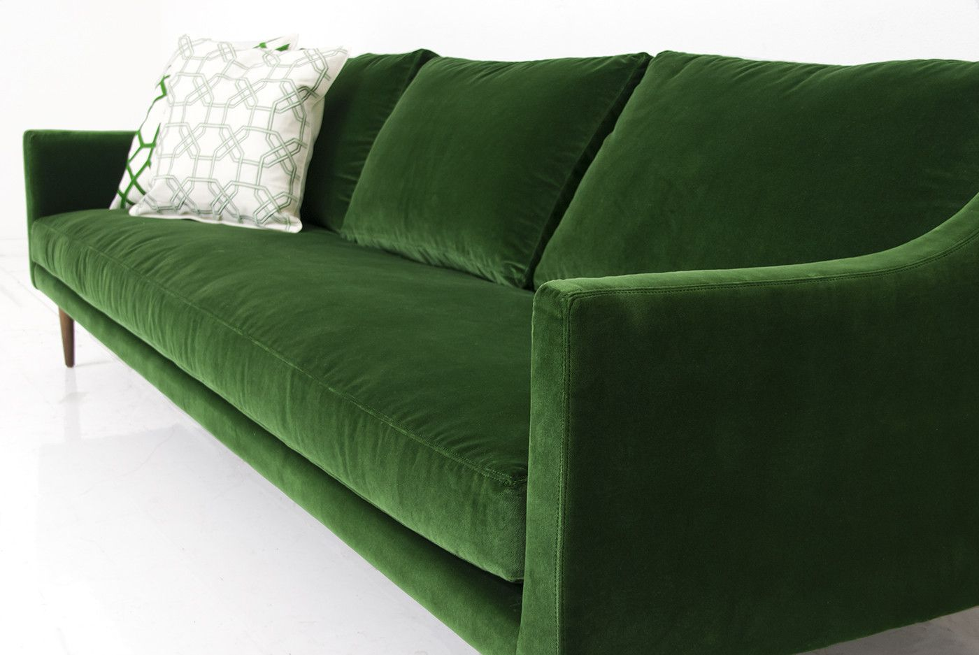Kelly green velvet curtains - Naples Sofa In Emerald Green Velvet