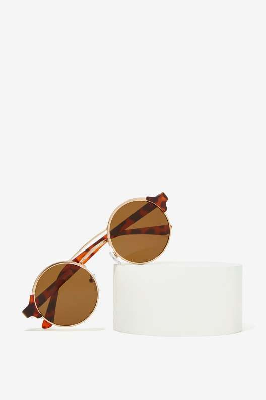 eed4cd186e Make the Rounds Tortoise Shell Shades - What s New